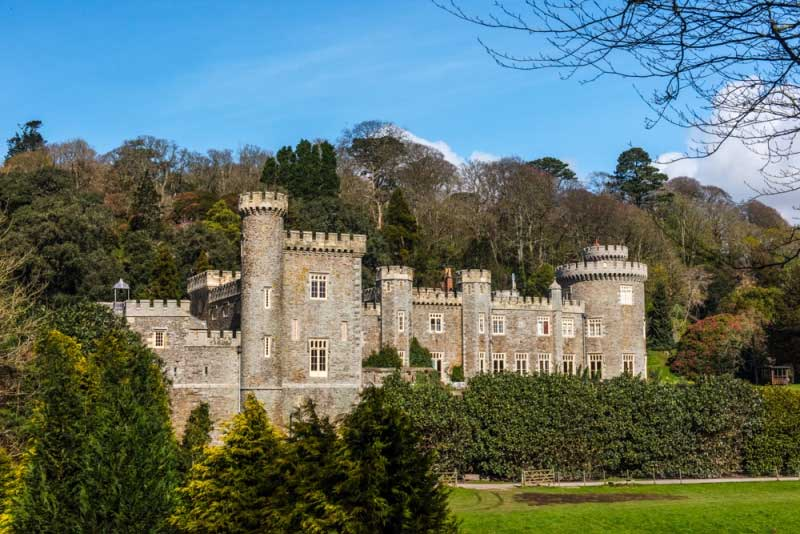 caerhays castle and gardens